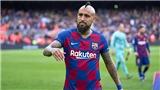 Barca: Mâu thuẫn tiền bạc, Vidal đòi đi