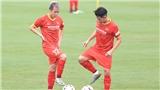 Tiền vệ Tô Văn Vũ: 'HLV Park dạy tôi cách di chuyển và xử lý bóng'