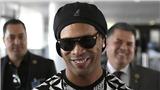 Đùa giỡn với pháp luật, Ronaldinho đang trở nên ngông cuồng