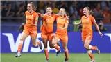 Frank de Boer có quá lời về bình đẳng bóng đá?