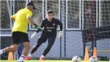 Thai League chưa thể trở lại, Văn Lâm nghỉ thêm 2 tháng