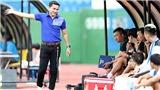HLV Kiatisuk khích cầu thủ HAGL trước trận gặp Sài Gòn