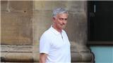 Mourinho về Manchester, không xem Pogba đá trận Chung kết World Cup