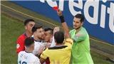 VIDEO: Vì sao Messi dính thẻ đỏ trong chiến thắng của Argentina trước Chile?