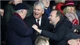 Tin bóng đá MU 25/11: 'Solskjaer nên bị sa thải'. Sir Alex cãi nhau với Ed Woodward
