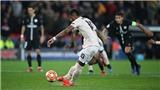 M.U và Porto đi tiếp nhờ VAR: 'Sau Fergie Time là VARgie Time'