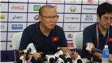 Ông Park trách các báo đưa thông tin sai về chấn thương của Quang Hải