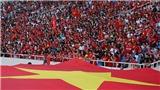 Bóng đá Việt Nam hôm nay: CĐV háo hức cổ vũ đội tuyển Việt Nam tại sân Mỹ Đình