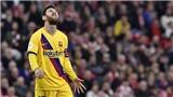 Petit: 'Messi không phải Ronaldo, Man City chớ mua'