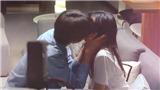 Phim 'Lấy danh nghĩa người nhà': Lộ cảnh hôn ngọt lịm của Lăng Tiêu và Tiêm Tiêm