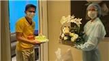 HLV Kiatisuk kỷ niệm tuổi 48 trong khu cách ly