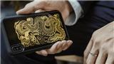 Một chiếc ốp điện thoại thời thượng với hình tượng 'Tứ bất tử' bằng sơn mài: Đắt xắt ra miếng!