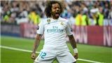 Marcelo không chơi bóng như số đông. Anh khiêu vũ với trái bóng