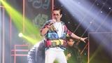 'Ca sĩ ẩn danh': Giọng ca U60 hát sung, nhảy điêu luyện như Nguyễn Hưng