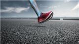 ASICS ra mắt dòng giày tiết kiệm năng lượng cho người chạy bộ GLIDERIDE