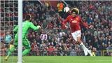Man United 1-1 Celta Vigo (chung cuộc 2-1): Fellaini ghi bàn, Bailly bị đuổi, M.U nghẹt thở vào chung kết
