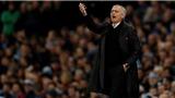 M.U và Mourinho là đôi lứa xứng đôi, không ai trách được ai