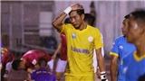 VIDEO: Xem lại pha bóng thủ thành Tuấn Mạnh biếu không bàn thắng cho Hải Phòng