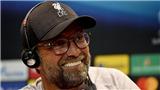 Liverpool vs Chelsea: Klopp sợ bị mẹ dọa sẽ 'xử đẹp' nếu thiếu kiềm chế trước trọng tài nữ