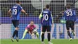 Atalanta 1-1 Man City: Kyle Walker làm thủ môn bất đắc dĩ, cứu thua nhiều hơn cả Ederson, Bravo