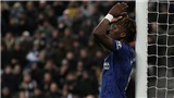 Newcastle 1-0 Chelsea: The Blues thua đau phút bù giờ, cơ hội cho MU