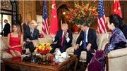 HÌNH ẢNH: Ông Trump - ông Tập trò chuyện thân tình trước giờ ăn tối