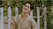 Hết vai trong 'Về nhà đi con', Quang Anh khiến fan 'bấn loạn' với loạt ảnh chuẩn soái ca
