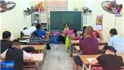 Lớp học tình thương của cô giáo 80 tuổi tại Hà Nội