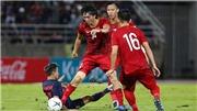 Bóng đá Việt Nam: Trọng Hoàng bị treo giò. Việt Nam tự tin với ngôi đầu