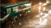 VIDEO: Điều chỉnh các chuyến bay do bão Mangkhut