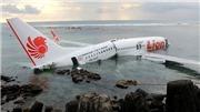 Những hình ảnh đầu tiên về máy bay Indonesia bị rơi