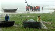 VIDEO: Bão số 3 nhiều nơi ở Nghệ An, Hà Tĩnh chìm trong nước, hàng không chuyển lịch bay