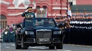 Xem Lễ duyệt binh Ngày Chiến thắng trên Quảng trường Đỏ, Moskva, Nga