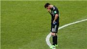 Ronaldo gọi Messi thì 'thuê bao quý khách'. Ảnh chế 'Miss Penalty' tràn ngập