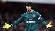 Cech phản ứng gay gắt sau khi bị Leverkusen 'troll' pha suýt đá phản lưới nhà
