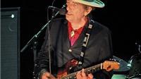 Bob Dylan từng nghiện ma túy và định tự vẫn