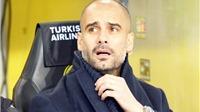 Guardiola nổi giận vì bị... bán đứng