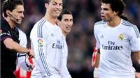 'Tát yêu' rồi 'thiết đầu công' đối phương, Ronaldo xứng đáng thẻ đỏ