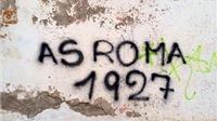 Góc Anh Ngọc: Derby Roma trên những bức tường thủ đô