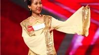 Hoài Linh bị 'mê hoặc' bởi cô giáo hát 4 thứ tiếng...