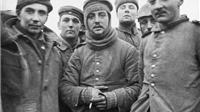 Chuyện lạ lùng của Giáng sinh 1914: Ngày chiến tranh nhường chỗ cho tình người