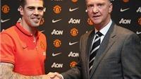 Từ vụ Valdes chuyển tới Man United: Thủ môn không dễ tìm việc