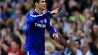 Hài hước với cách giữ ấm của Oscar trong trận hòa Liverpool