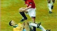 Những pha cố ý giẫm chân đối phương: Từ Costa đến Cantona, Roy Keane, Balotelli
