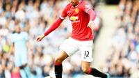 PHÁT HIỆN: Cầu thủ chạy nhanh nhất của Man United là… Chris Smalling