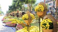 TP.HCM rực rỡ sắc màu đường hoa, tưng bừng lễ hội đường sách