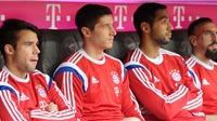 Effenberg: 'Chỉ trích Lewandowski là chẳng biết gì về bóng đá'