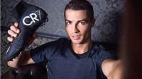 Ronaldo giới thiệu bộ sưu tập giày: CR7 coi thường 'hiệp ước' với Nike