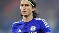 Atletico muốn mua lại Filipe Luis từ Chelsea