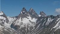 Máy bay A320 rơi tại Pháp: Dùng dụng cụ trượt tuyết để cứu hộ